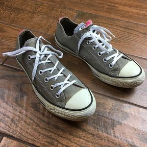 Converse All Stars 9 Low Top Chucks Shoes
